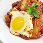 Spicy Potatoes with Egg and Sausage_150sq