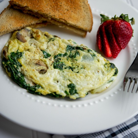 This cheesy omelet takes no time