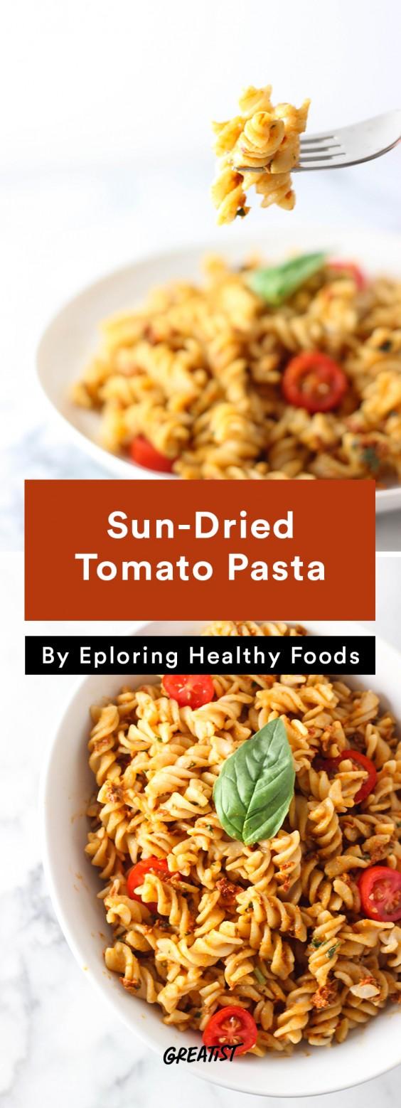 5 min prep vegan dinner: Sun-Dried Tomato Pasta