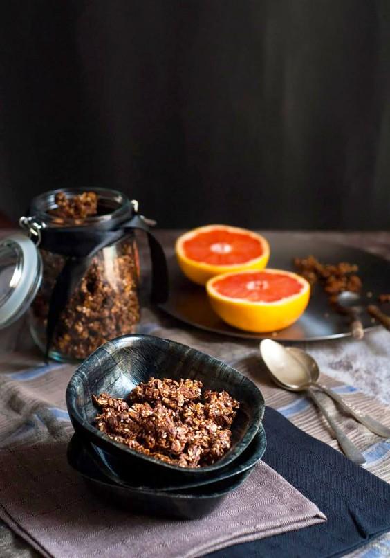Homemade Granola Recipes: Chocolate Granola with Tahini and Honey