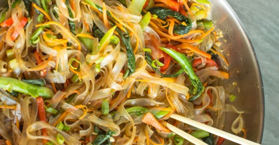 Stir Fried Noodles With Bean Sprouts Stir-fry Mung Bean Noodles