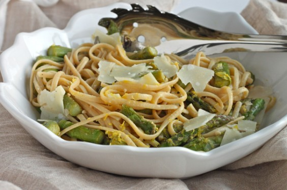 Whole-Wheat Pasta with Lemon and Asparagus