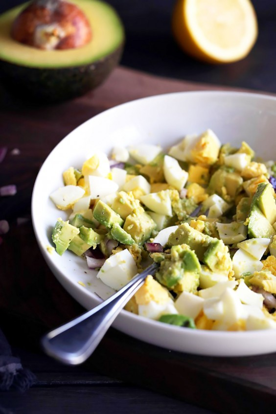 Whole30 Lunches: Avocado Egg Salad