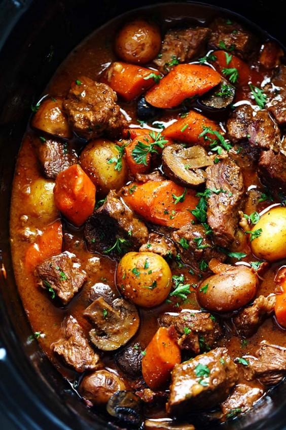 Slow cooker: Beef Bourguignon