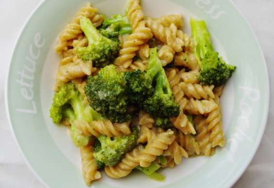 One-Pot Cheesy Broccoli Pasta