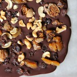 chocolate fruit bark_150sq