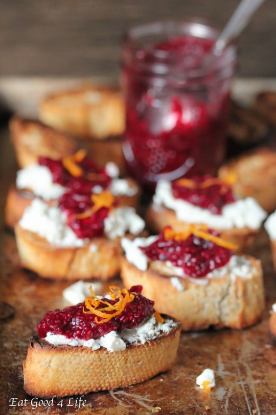 chrismakuh apps: Cranberry Crostini