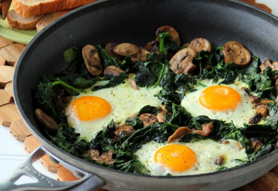 Egg, Spinach, and Mushroom Skillet