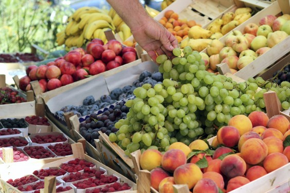 Under Dollar Foods: Fruit