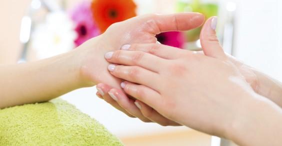 40 Ways to Reduce Stress: Hand Massage