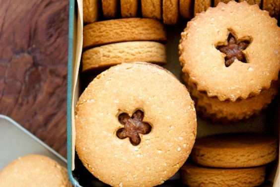 Quinoa and Almond Flour Cookies
