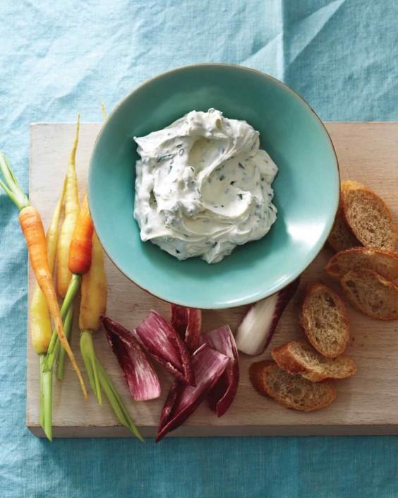 Herbed Yogurt Cheese