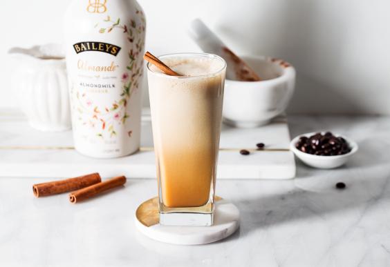 Iced Cinnamon Coconut Latte