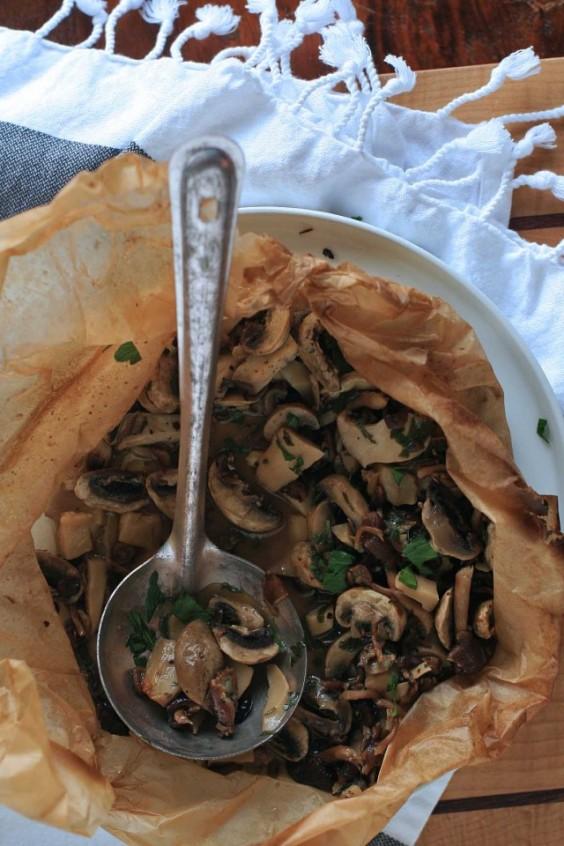 parchment paper: Mushrooms en Papillote