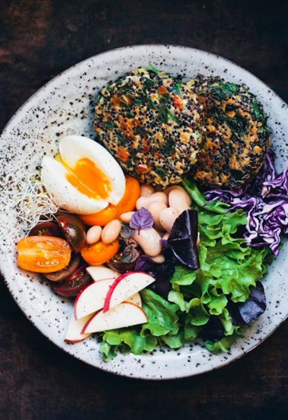 Buddha bowls: Spinach-Quinoa Patty