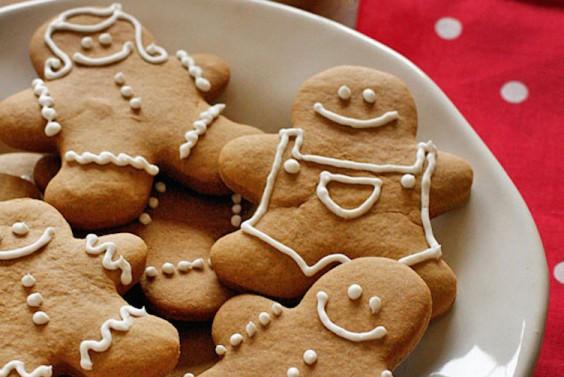 Low-Fat Gingerbread Cookies