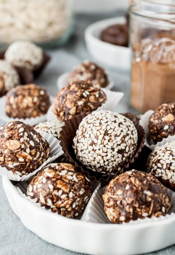 Tahini Uses: Chocolate Tahini Oat Bites