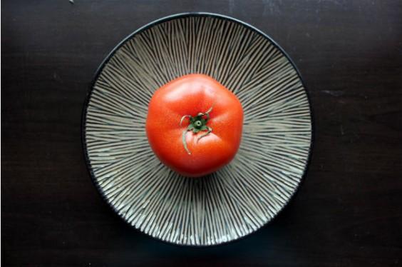 tomato plate