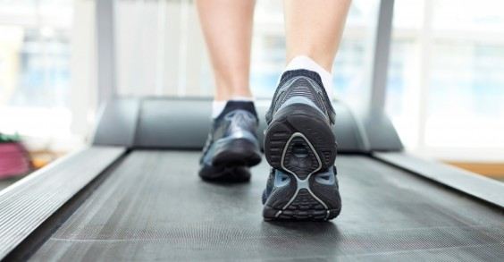 Whoa, HOW many miles did one man put in on a treadmilll?!