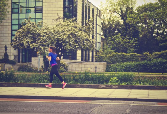 23. Hands-Free Running for Holding Handles