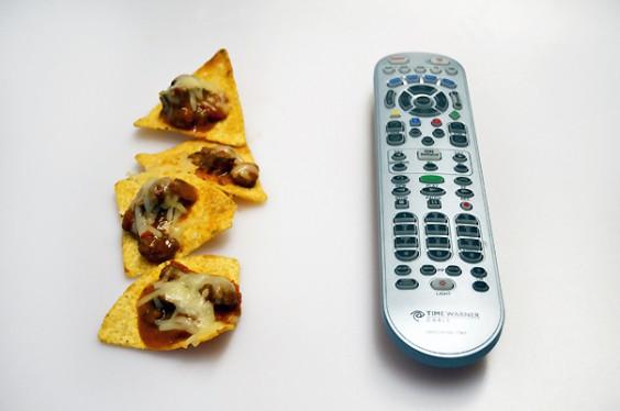 Nachos and Remote_604
