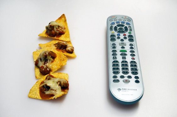 Nachos and Remote_604