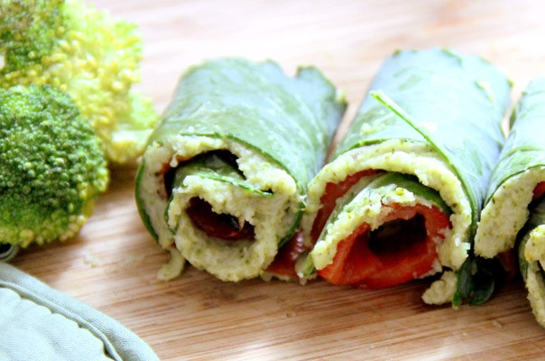 Green Wrap With Kale, Red Pepper, and Broccoli | Greatist