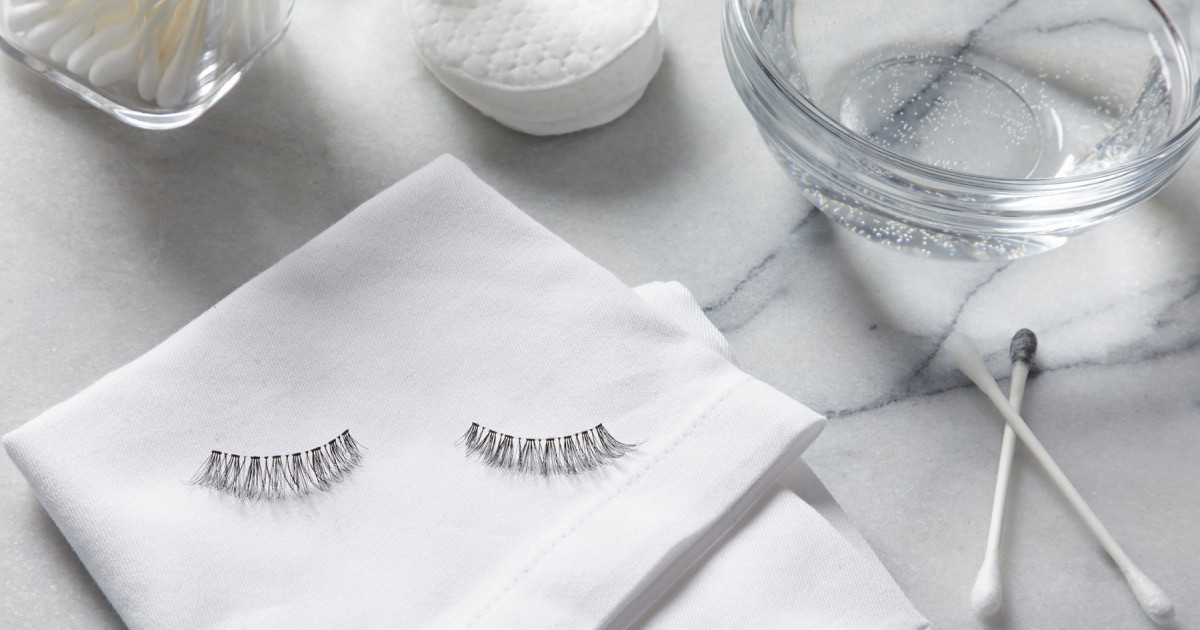 How To Clean False Eyelashes The Right Way Greatist