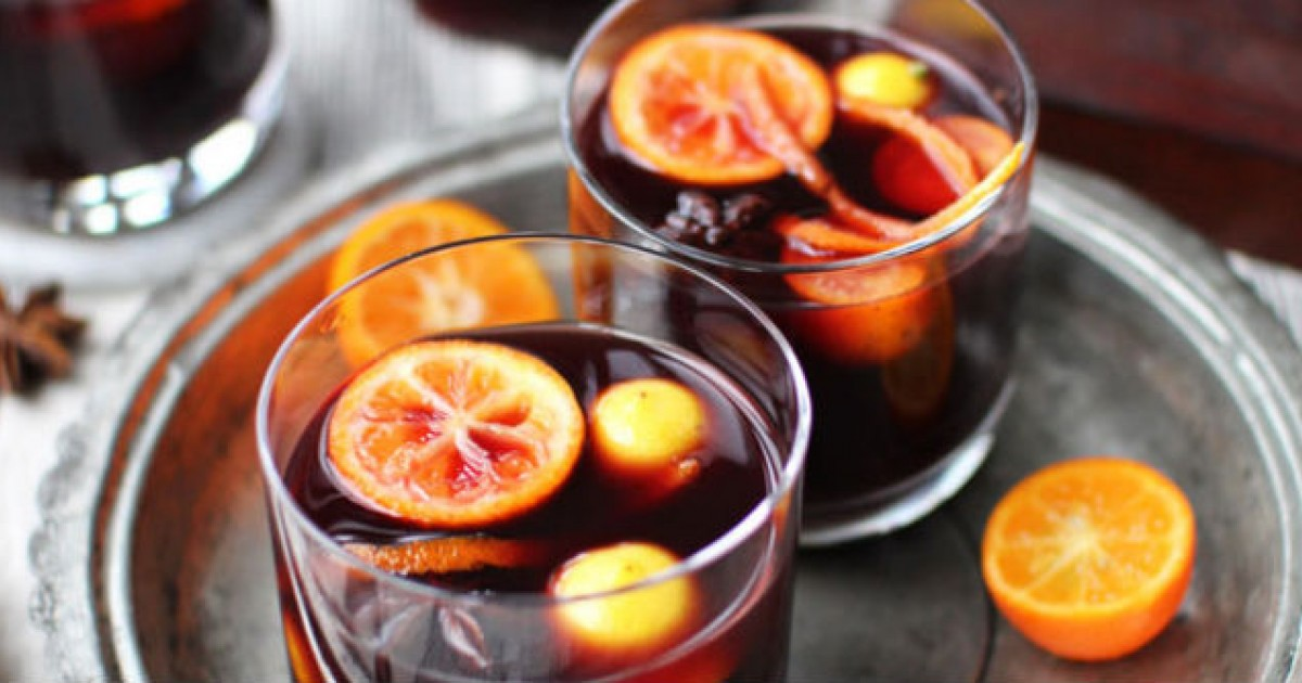 8 Healthier Holiday Cocktail Alternatives