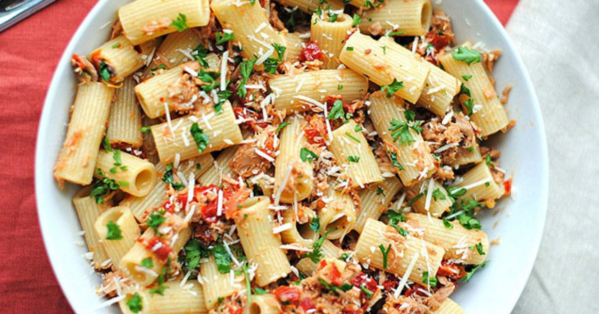 healthy pasta dishes 19 classic pasta dishes made healthier greatist 10813