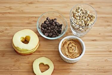 6. Heart Apple Sandwiches