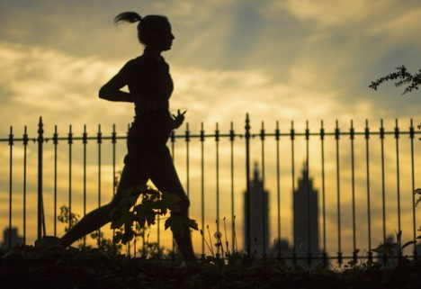 Can Running at Night Make You Faster?