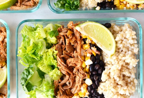 Meal Prep Lunches: Carnitas Burrito Bowls