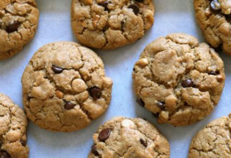 The More (Treats), the Merrier: New Poll Makes Us Feel Better About Holiday Indulgences
