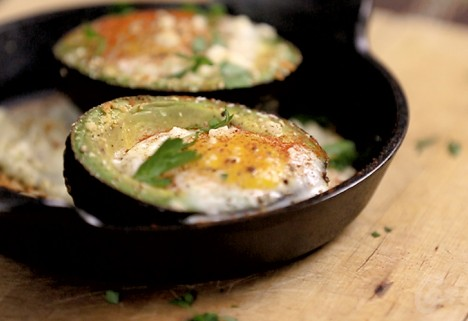 Eat Me Video: Avocado Egg Bowl Feature