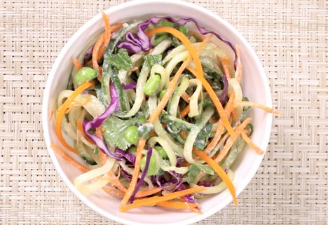Eat Me Video: Edamame and Cucumber Noodles With Ginger Dressing feature