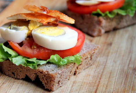 Recipe: Egg and Halloumi Sandwich