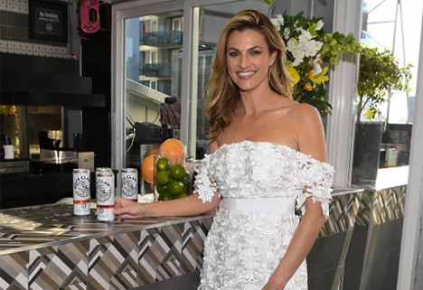 How Erin Andrews Stays Healthy During Football Season