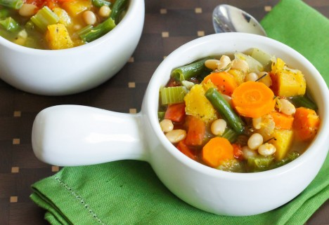 Recipe: Harvest Vegetable and Navy Bean Soup