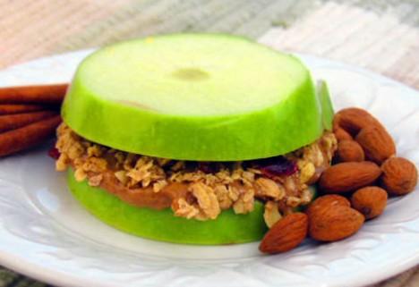 Recipes: Granola-Apple Sandwiches