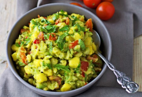 Roasted Chili Mango Guacamole Recipe
