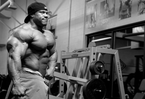 From Mani-Pedis to Mind Games: In the Gym with Bodybuilder Phil Heath