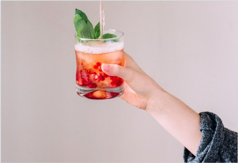 A Super-Easy Punch Recipe That Will Keep All Your Friends Drunk and Happy