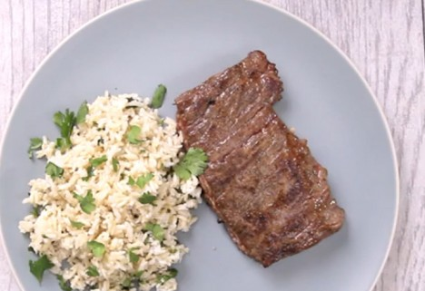 Eat Me Video: Skirt Steak and Coconut Rice feature