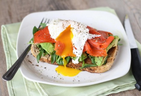 Smoked Salmon and Avocado Egg Sandwich