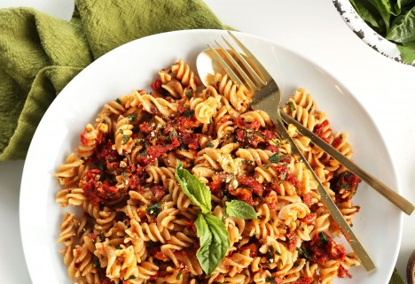 Sun-Dried Tomato Pesto Sauce