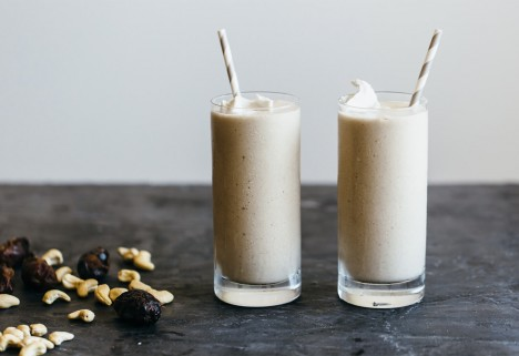 11 Whole30 Smoothies for When You're Sick of Making Eggs
