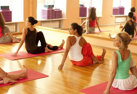 Yoga For Men: Why Dudes Should Give Yoga a Try pictures