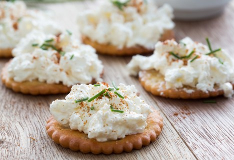 Cottage Cheese on Crackers