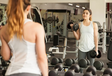 Do Free Weights at the Gym Make You Nervous? Read This